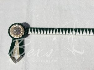 "3/4"" Ribbon Show Browband: Bottle Green velvet and Cream satin narrow shark tooth. Pleated rosettes with plain Gold crystal centre. V Shaped tails with Gold crystal flag tips"