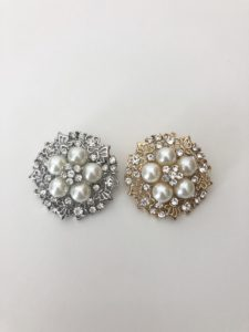 Crystal and Pearl Flower Stock Pin