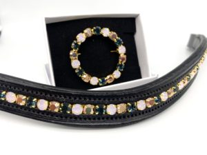Preciosa Crystal Circular Wreath Stock Pin